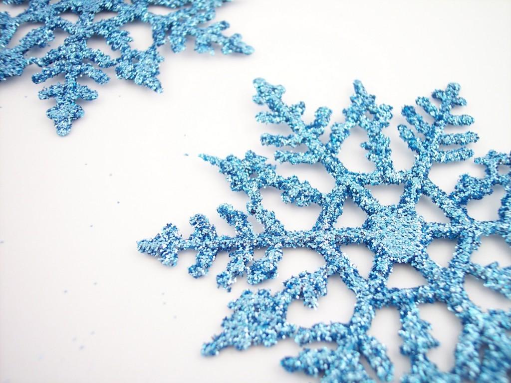 Снежинка на новый год своими руками фото